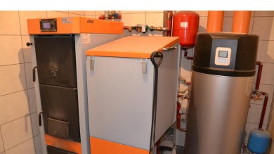 Combined boiler room with heat pump